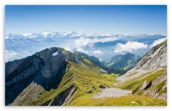 panoramic_view_of_mountain_range-t2